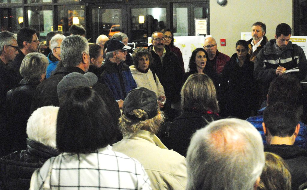 Dr. Mardelle Gamble speech attracted a large crowd at a Bearspaw open house. Photo: Enrique Massot